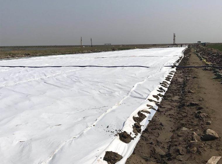 天津铺设土工布施工